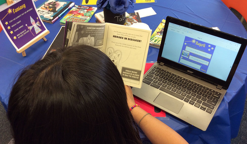 Student reading a book and responding in Book Creator for Chrome